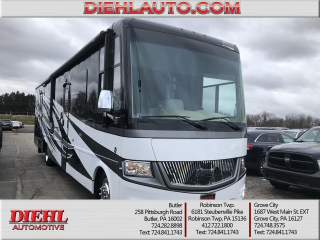 Pre-Owned 2017 Newmar Canyon Star Class